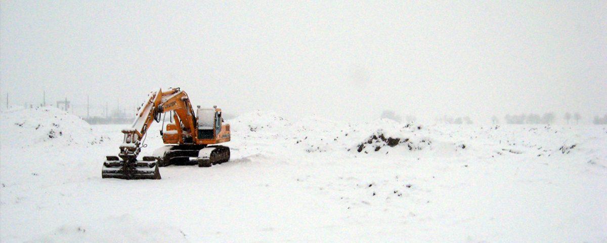 Bagger-im-Schnee_1
